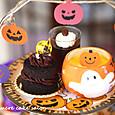 ハロウィンのアフタヌーンティー(ミニデビルズケーキ、パンプキンプリン、コーヒーゼリー)
