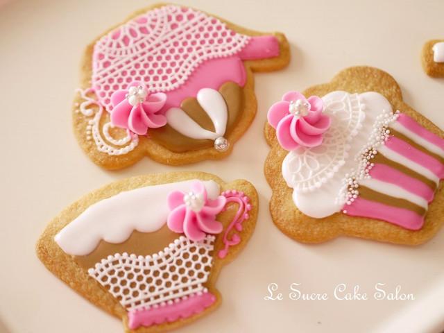 ティータイムのアイシングクッキー